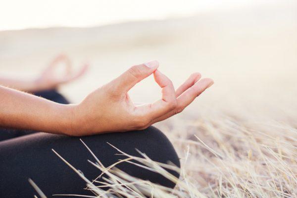 ruhewerk bietet Dir verschiedene Entspannungskurse in Hannover an. Spezielle Angebote für Schwangere und Mütter finden in der Hebammenpraxis in der Mitte statt. Meditation im YOGA SUKHA.