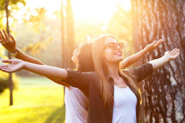 Gönn' Dir ein Coaching bei ruhewerk und finde mehr Entspannung und Glück in Deinem Leben. Einzelcoaching oder zu zweit.