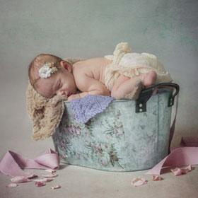 Unsere besondere Neugeborenenfotografie – Fotostudio breakphoto